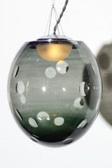Small model Kalin blown crystal ball pendant lamp. Atelier Areti.