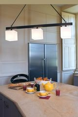 3 lights pendant square lamp shades, patinated bronze métal S14. Casadisagne.