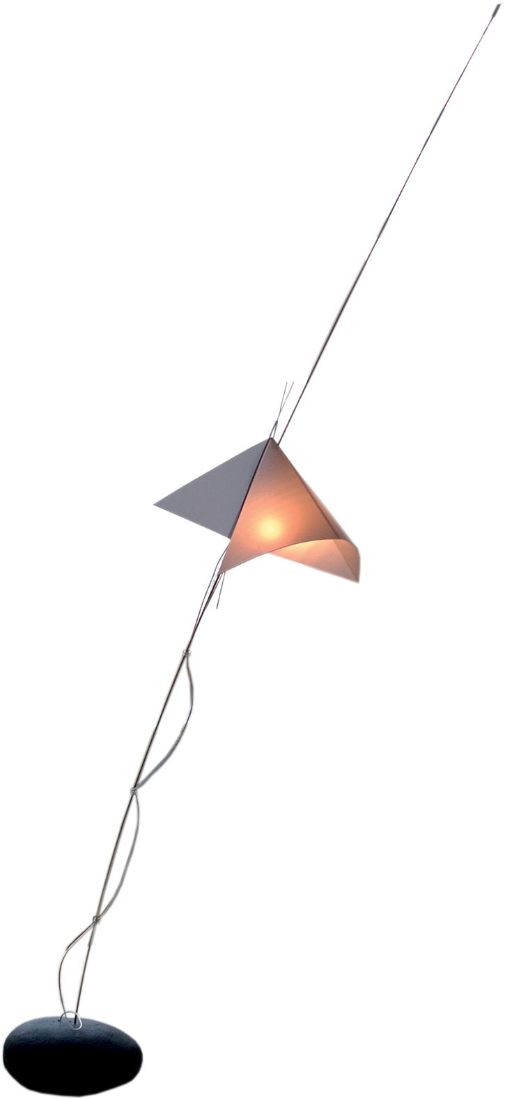 Origami kite desk lamp. Céline Wright.
