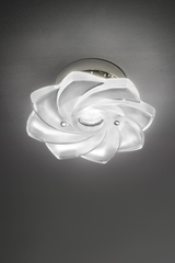Spot in the shape of a flower in satin glass. Italamp.