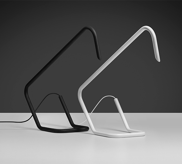 Balance Black Desk Lamp to Flip. Karboxx.