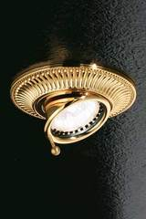 Adjustable round grooved gold-plated recessed spotlight. Masiero.